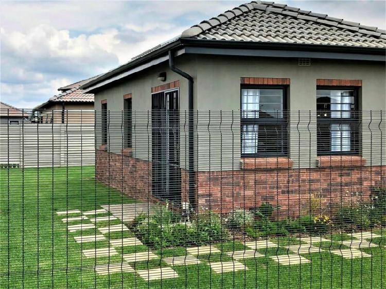 Full title, free standing homes in security estate - 20 mins