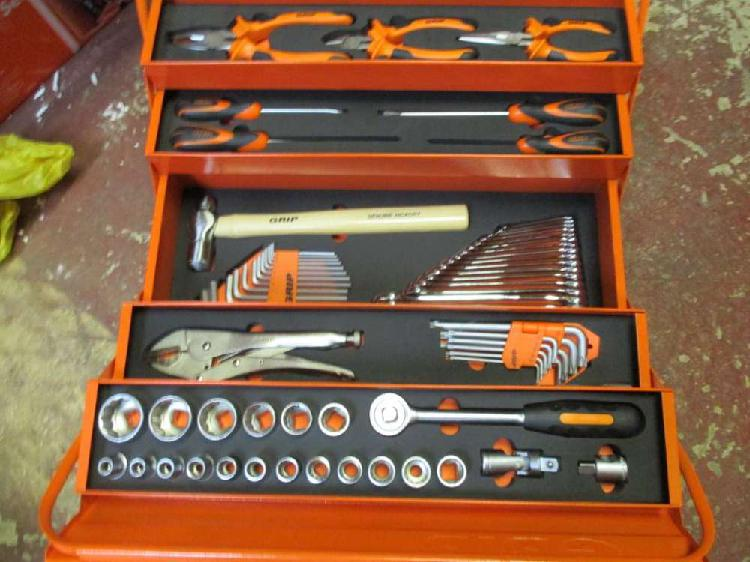 Mechanicals tool box with new chrome vanduime 70 quality