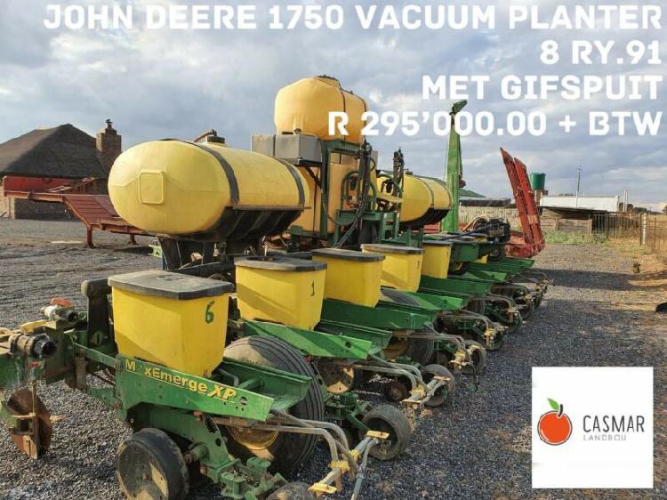 John deere vacuum planter