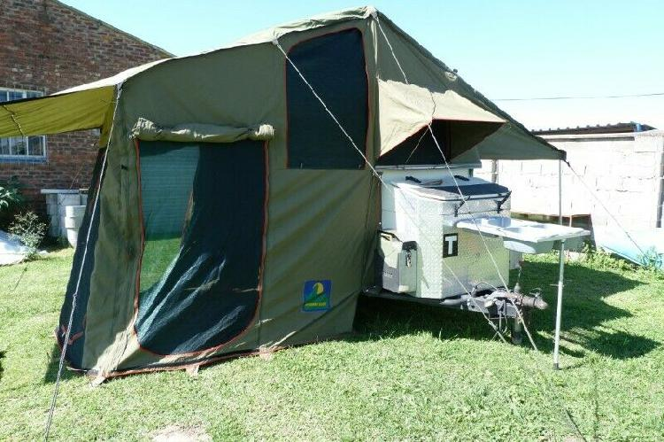 Howling moon trailer or roof top tent