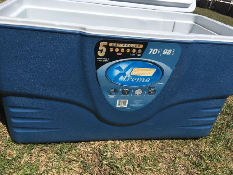 Coleman extreme cooler box