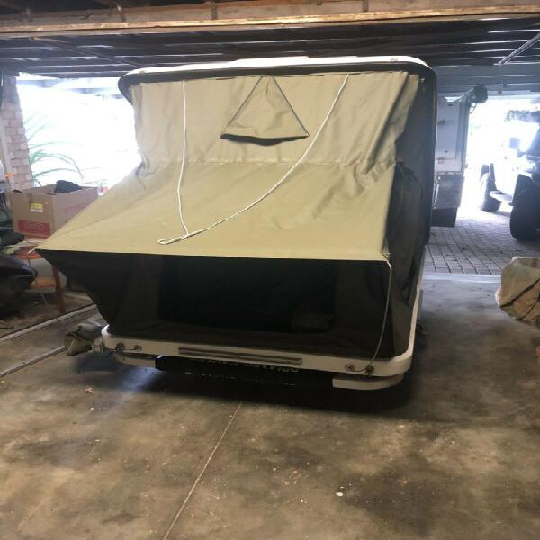 Rooftop tent for sale r20000