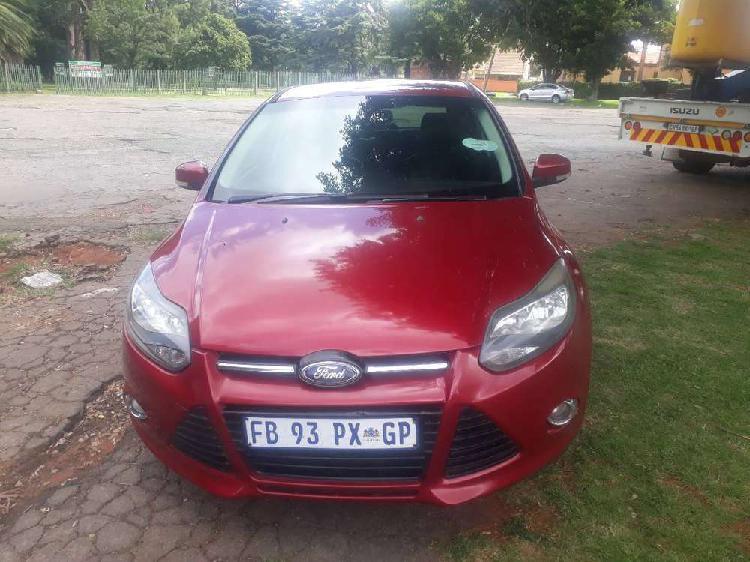 Ford focus st four doors excellent condition urgent sale