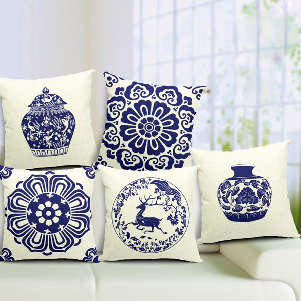 Chinoiserie pillow case blue and white porcelain
