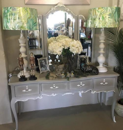 Vintage french style dressing table - professionally