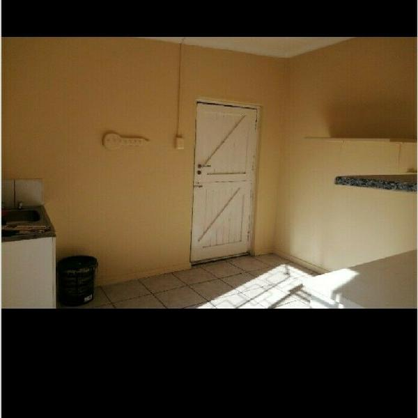 Outbuilding to rent