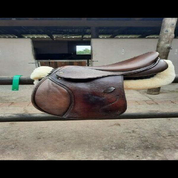 Hdr jump saddle