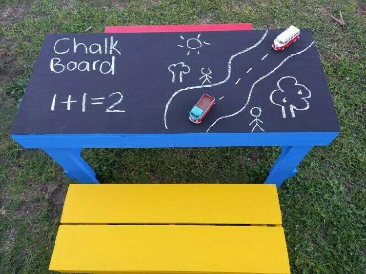 Kiddies chalkboard table,2 benches and xtra chalkboard