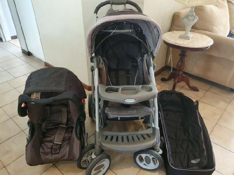Graco Pram, Car Seat & Carrier Combo