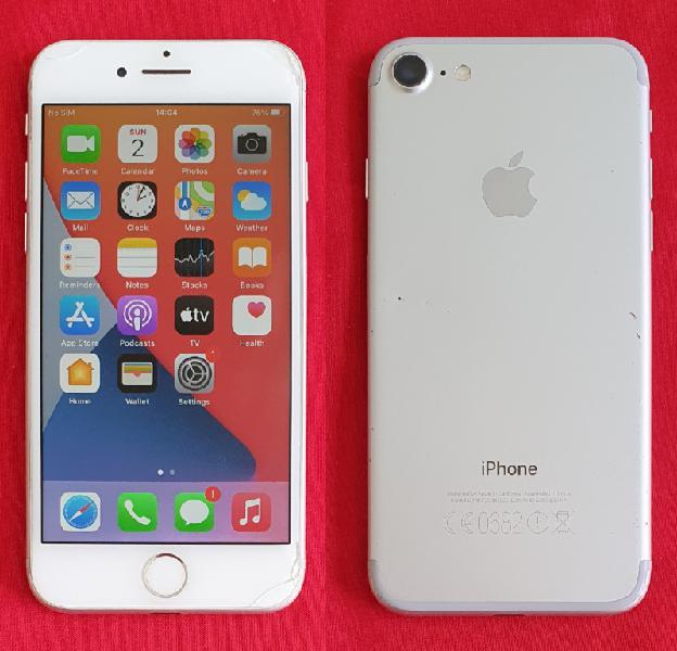 Iphone 7 32 GB REAR CAMERA FAULTY