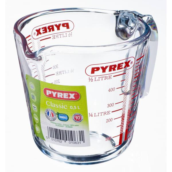 Pyrex measuring jug
