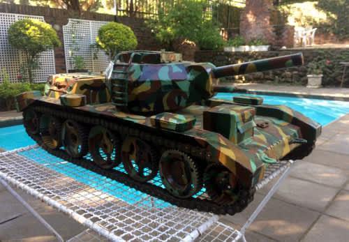 Large!!! handbuilt metal tank (920mm x 430mm x 360mm) weight