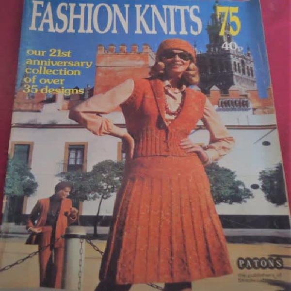 Patons fashion knits 1975 - over 35 different knit designs -
