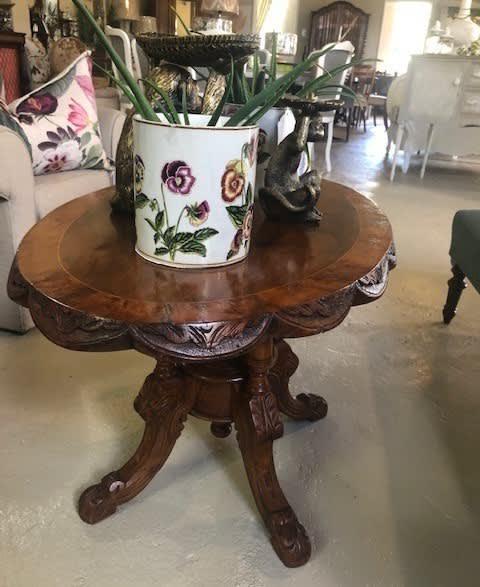 Victorian burr walnut occasional tea table - height 51cm,