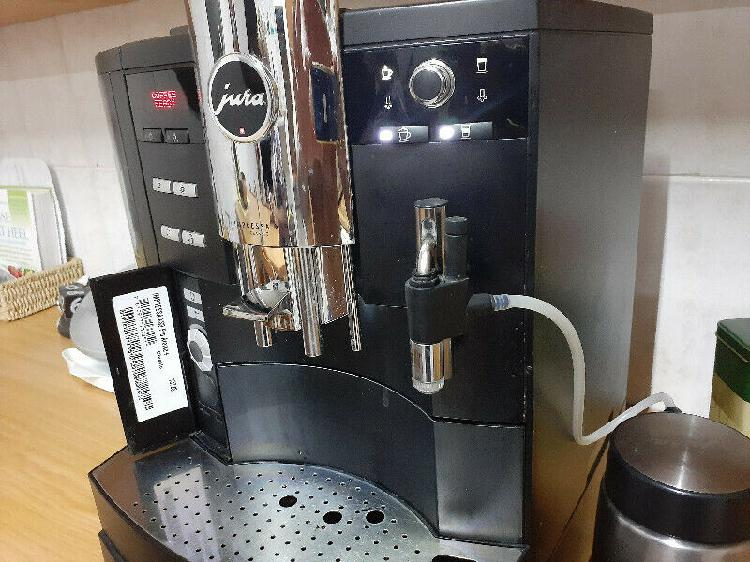 Jura Impressa XS-9 Coffee Macine