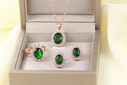 Villa rose rose gold emerald austrian crystal jewelry set
