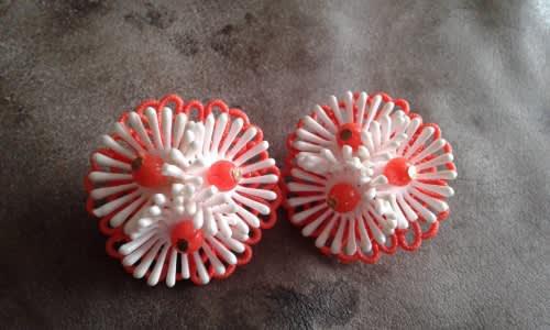 Original 1950s vintage orange white flower clip on earrings