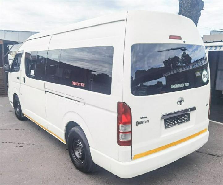 2011 toyota quantum 2.5 d-4d 10-seater bus