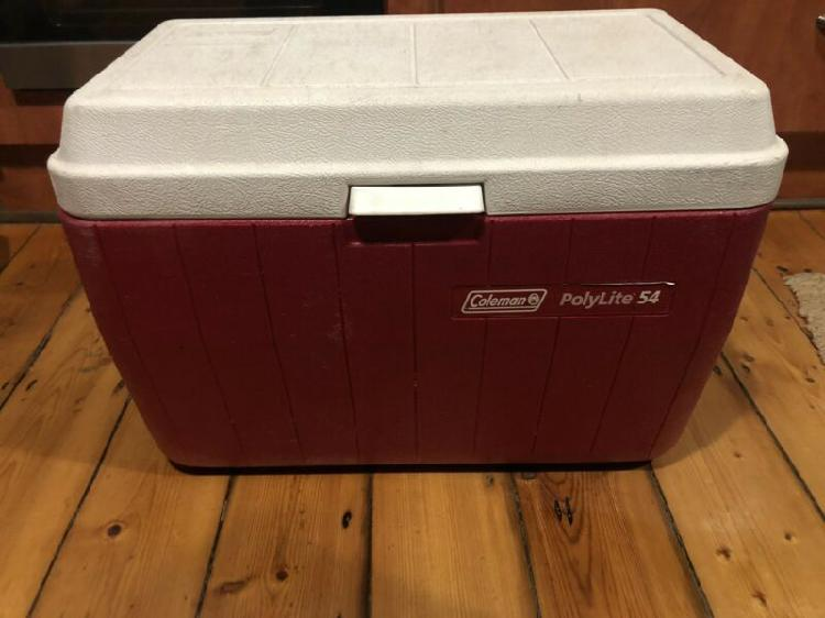 Cooler box - coleman polylite 54 - big - 51 litres - good