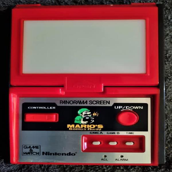 Mint condition! nintendo game and watch panorama series