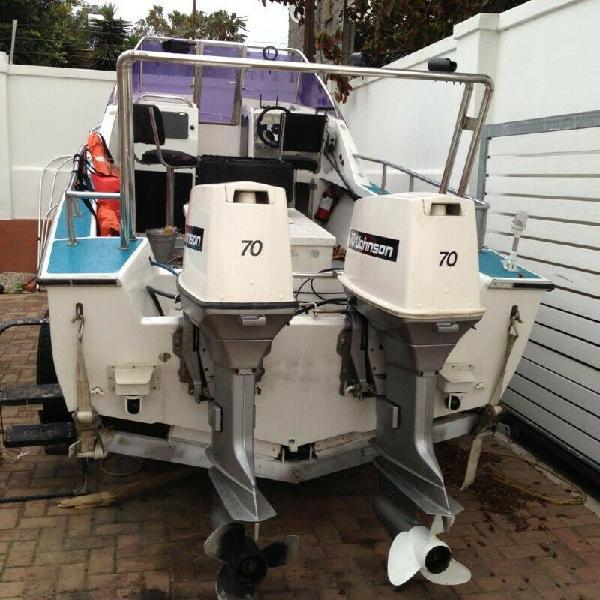 Skiboat 17 ft tiger with x2 johnsons motors