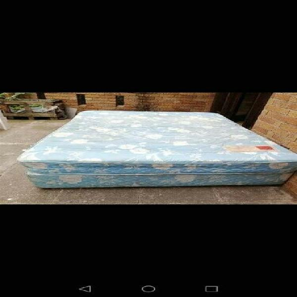 Double bed and base r800