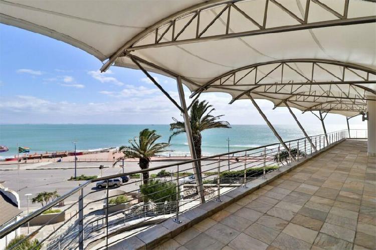 Beachfront restaurant premises available