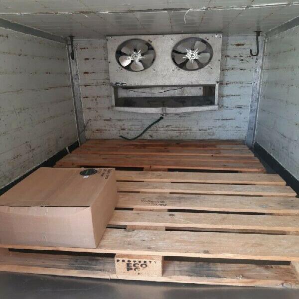 Refrigerator trailer / koel waentjie