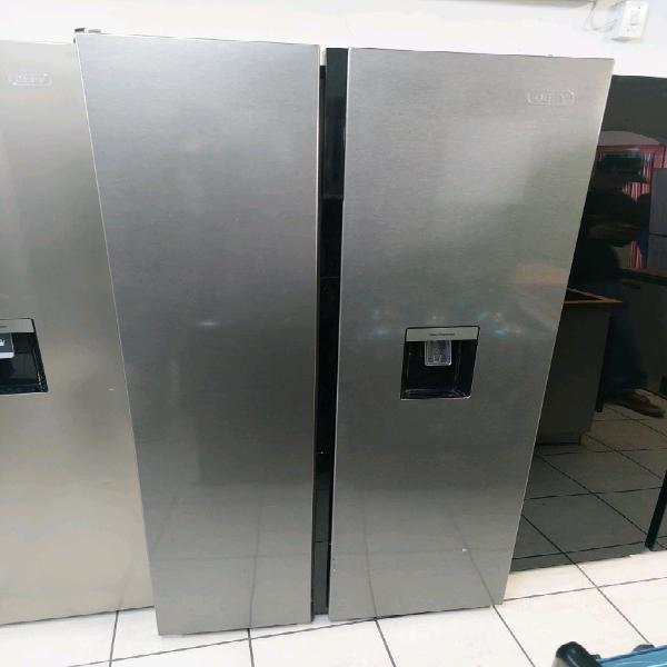 Defy scratch and dent fridge freezer double door