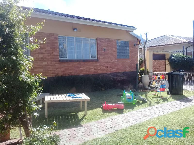 4bedrooms house for rent in chrisvile 8