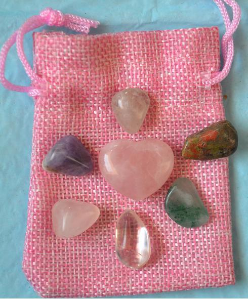 Rose Quartz heart with 6 small heart chakra tumbels30mm