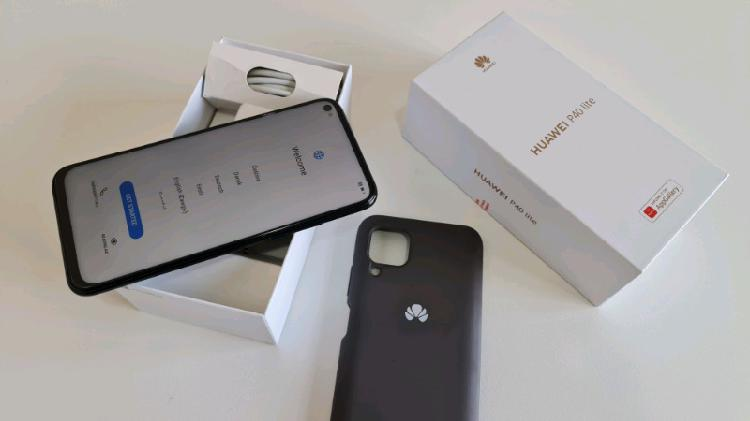 Huawei p40 lite with box 128 gb / 6 gb ram for sale