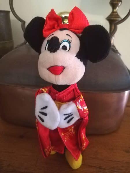 Minnie mouse finger puppet - disneyland paris/mcdonalds