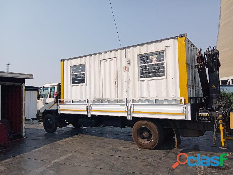 6M UD Crane Truck For hire 2