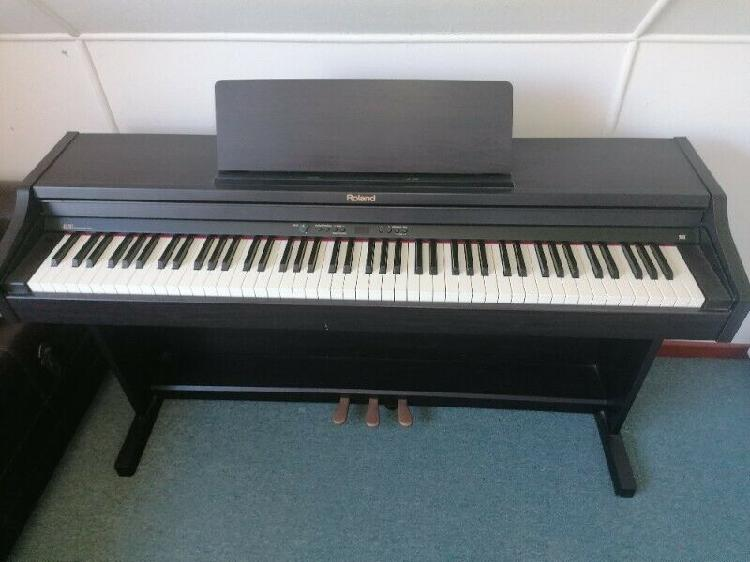 Roland RP-301 ROSEWOOD PIANO For Sale