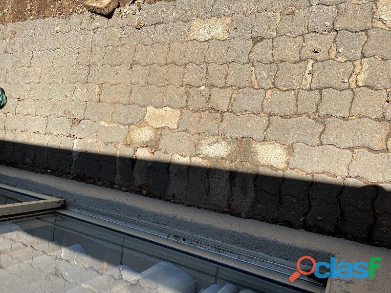 Paving bricks used 5