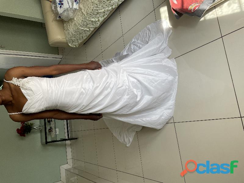Wedding dress fall in love with a dress of your dream 6
