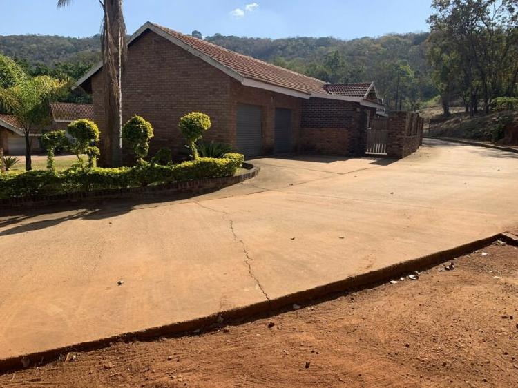 3 bed, 2 bath townhouse to rent near tzaneen.
